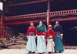 泸沽湖畔的摩梭人