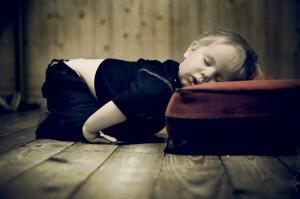 睡觉时,抽搐一下很正常