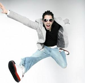 人在空中不能二次跳