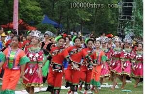 挥手舞是土家族的有特色舞