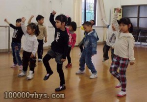 为什么幼儿不应迷恋霹雳舞?