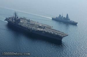 开往地中海的美军航母