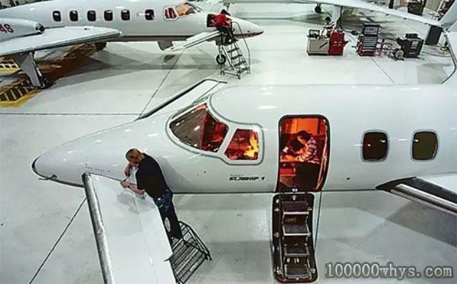 """什么""""胶水""""可以用于修飞机"""